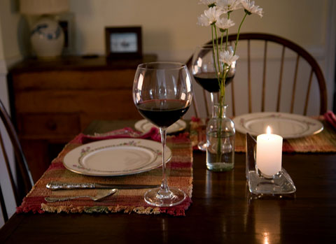 http://blogovine.ru/wp-content/uploads/2009/08/romantic-dinner.jpg
