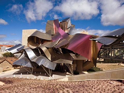 Винодельня_Marques-de-Riscal_Frank-Gehry - Архитектура виноделен Испании | Блог о вине Беаты и Алекса