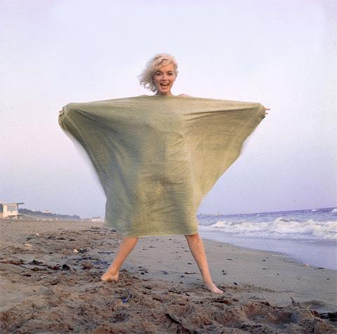 Мэрилин Монро, последние фото на пляже, Санта-Моника, 1962, фотограф Джордж Баррис
